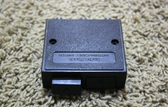 USED ANTENNA / CABLE SWITCH